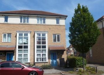 Thumbnail 3 bed town house to rent in Radstock Crescent, Milton Keynes