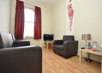 Thumbnail 1 bed flat to rent in Hoe Street, Walthamstow