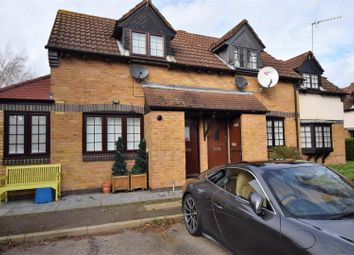 1 bed property to rent in Hunting Gate Mews, Twickenham TW2