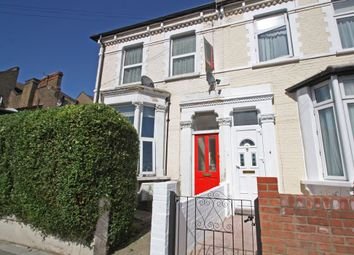 Thumbnail 1 bed flat to rent in Grove Road, Leytonstone