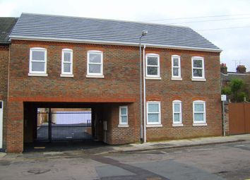 Thumbnail 2 bed flat to rent in Kingston Court, High Town, Luton