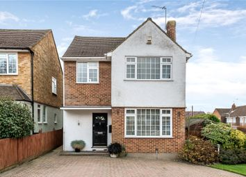 Thumbnail 3 Bedroom Detached House For Sale In Cornwall Road Uxbridge Middle