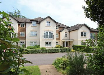 Thumbnail 3 bed flat to rent in Furze Hill, Kingswood, Tadworth