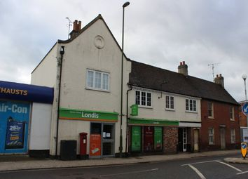 Thumbnail Retail premises to let in 70 Queen Street, Horsham, West Sussex