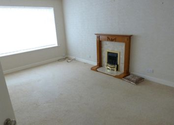 1 bed flat to rent in Deanwood House, Deanwood Crescent, Allerton BD15