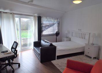 Thumbnail Room to rent in Boundaries Road, Feltham
