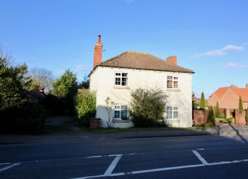 Thumbnail 4 bed cottage for sale in Barnby Moor, Retford