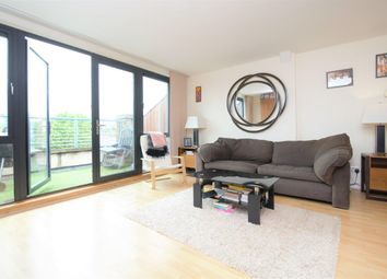 2 bed maisonette to rent in Acton Lane, London W4