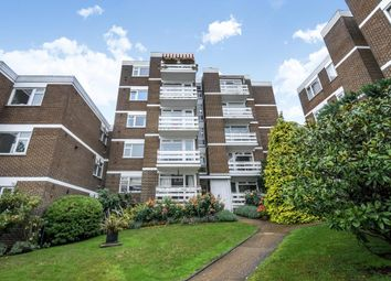 Thumbnail 2 bedroom flat to rent in Mountcombe Close, Surbiton