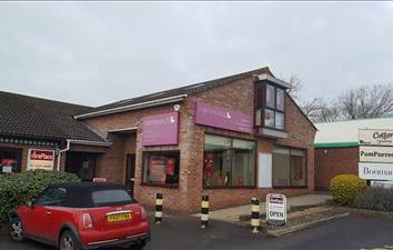 Thumbnail Retail premises to let in Unit 9, Wyevale Garden Centre, Bath Road, Thatcham, Berkshire