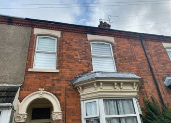 2 bed flat to rent in Ainslie Street, Grimsby DN32