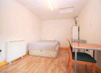 Thumbnail 1 bed flat to rent in Salisbury Avenue, Barking