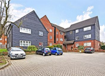 Thumbnail 2 bedroom flat for sale in Langdale Lodge, Parsonage Road, Rickmansworth, Hertfordshire