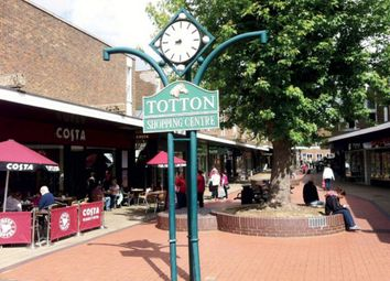 Thumbnail Retail premises to let in Unit 13, Totton Shopping Centre, Southampton