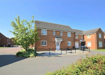 Thumbnail 4 bed detached house for sale in Walker Grove, Hatfield, Hertfordshire