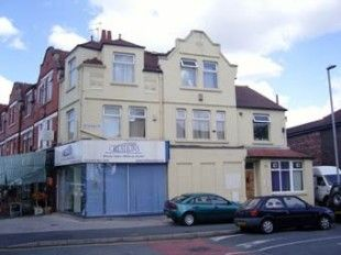 Thumbnail 3 bed flat to rent in Barlow Moor Road, Chorlton
