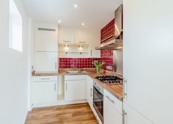 Thumbnail 3 bed flat for sale in Clephane Road, London, London