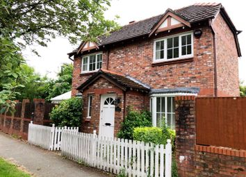 Thumbnail 2 bed cottage to rent in Browns Lane, Wilmslow