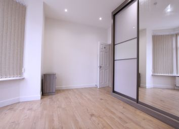 Thumbnail 3 bed end terrace house to rent in Park Road, Hendon