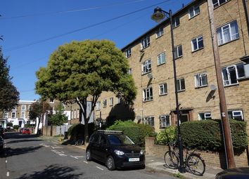 Thumbnail 1 bed flat for sale in Yeate Street, Islington