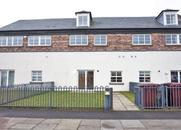Thumbnail 5 bedroom terraced house for sale in Chandlers Lane, Dundee