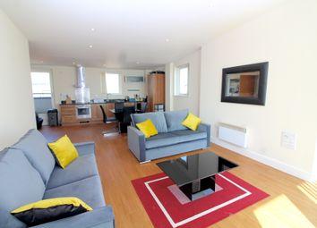 3 bed flat to rent in Trawler Road, Maritime Quarter, Swansea SA1