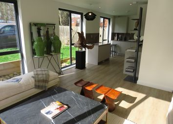 Thumbnail 2 bed flat for sale in Syresham Gardens, Haywards Heath