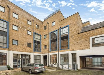 Thumbnail 3 bed terraced house for sale in Graduate Place, London, England