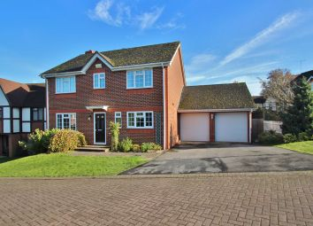 Thumbnail 5 bedroom detached house to rent in Fuller Close, Wadhurst