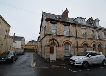 1 bed maisonette to rent in Vicarage Lawn, Barnstaple EX32