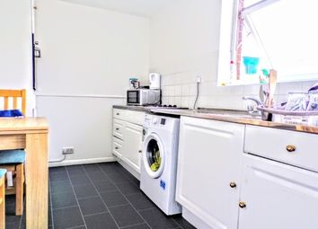 Thumbnail 2 bed flat to rent in New Bedford Road, Luton