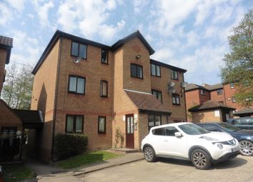 1 bed flat to rent in Linnet Way, Purfleet RM19