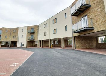 Thumbnail 2 bed flat to rent in K D, Cotterells, Hemel Hempstead