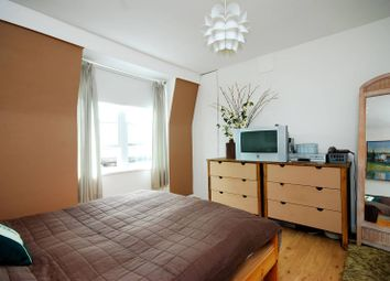 3 bed maisonette to rent in Fulham Court, Fulham Broadway, London SW6