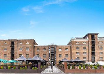 Thumbnail 3 bedroom flat for sale in Hertsmere Road, West India Quay