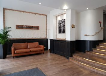 Thumbnail 2 bedroom flat to rent in 1 Burrells Wharf Square, Canary Wharf