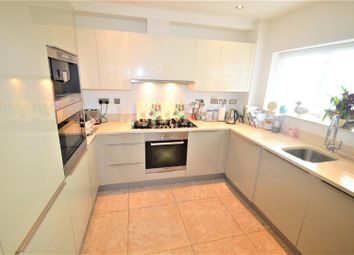 1 bed flat to rent in Mill Lane, Woodford Green IG8