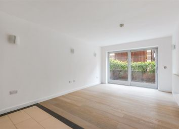 Thumbnail 3 bed maisonette to rent in Metcalfe Court, North Greenwich