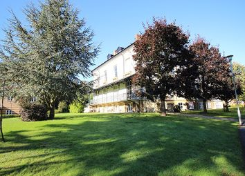 Thumbnail 1 bed flat to rent in Balmore House, Newlands Avenue, Caversham, Reading