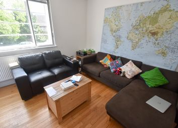 Thumbnail 3 bed flat to rent in Greenhalgh Walk, Hampstead Garden Suburb
