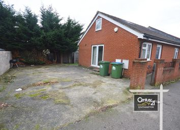 Thumbnail 3 bed bungalow to rent in Mayfield Road, Southampton, Hampshire