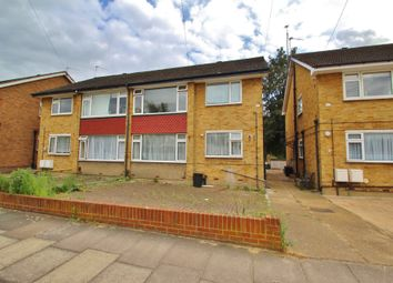 2 bed maisonette to rent in Margaret Way, Ilford IG4