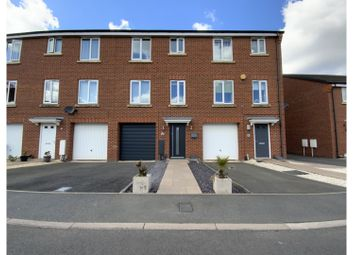 Bobeche Place, Kingswinford DY6. 4 bed town house for sale