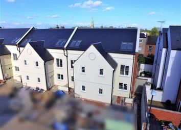 Thumbnail 4 bed property for sale in Alveston Mews, Leamington Spa