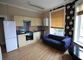 Thumbnail 2 bed flat to rent in Battersea Rise, Battersea Rise