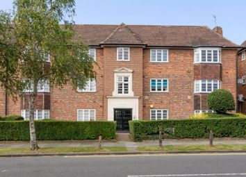 2 bed property for sale in Ossulton Way, London N2