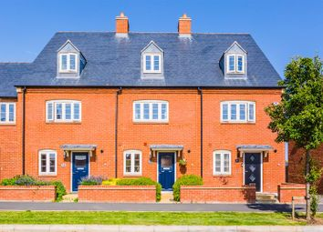 3 bed terraced house for sale in Juno Crescent, Brackley NN13
