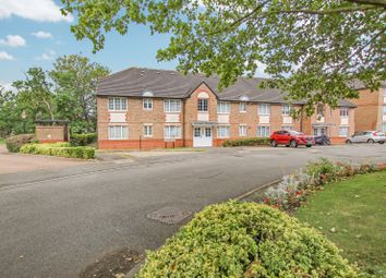 2 bed flat for sale in Braikenridge House, Cunnard Crescent, Winchmore Hill, - Affluent Location N21