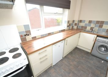 Thumbnail 2 bedroom flat to rent in Buckton Mount, Beeston, Leeds