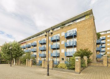 Thumbnail 2 bed flat to rent in Jardine Road, London